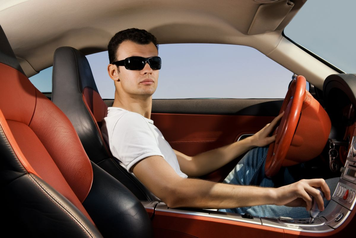 21 Questions to ask a guy - car